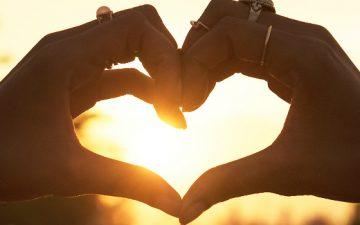 hearthands1